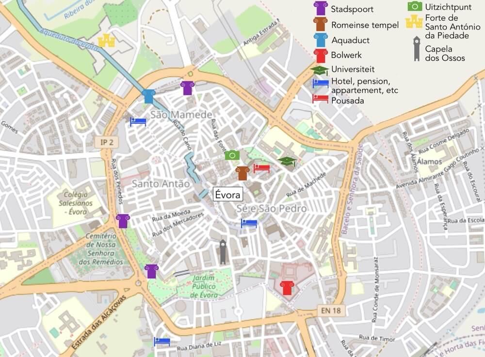 Plattegrond van Évora, mede mogelijk gemaakt door OpenStreetMaps-Wikipedia.