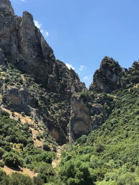 De kloof bij Peñon de Zaframagón.