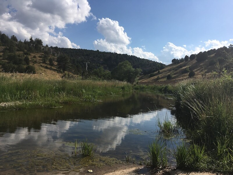 Vlakbij Hontario begint de wandeltocht door het natuurgebied Cañón del Río Lobos.