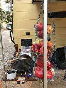 Aussenküche am MB508 DüDo Campervan Wohnmobil mit Plancha, Paellakocher, Wokbrenner auf Propangas