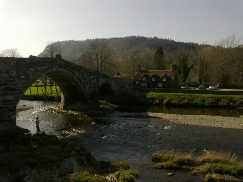 LLanwrst bridge & house