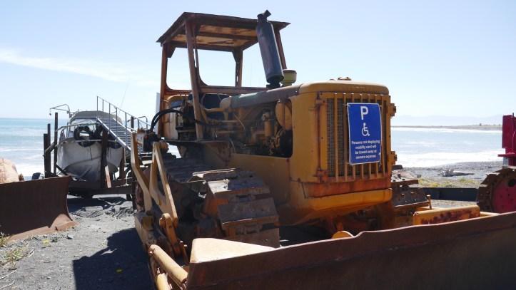 New Zealand Bulldozers HIDDEN GEMS OF THE NORTH ISLAND