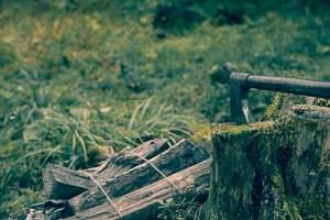 キャンプ用の手斧