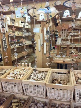 Spoons, dice, cats...everyhing in wood