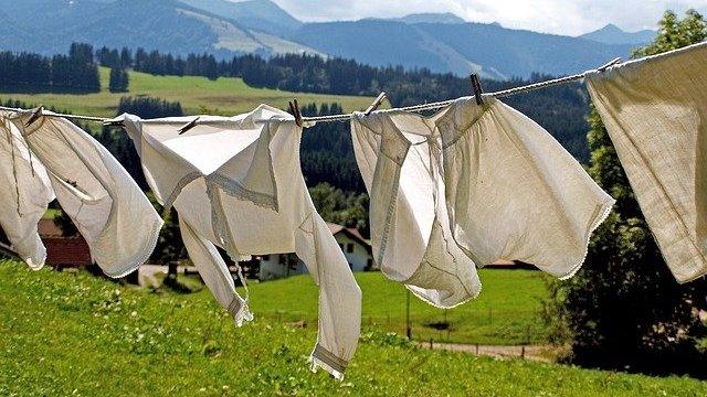 Berikut Cara Mencuci Jaket Parasut yang Benar
