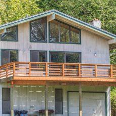 Misty Lodge Porch