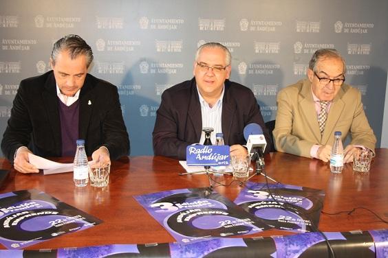Joaquín Luque, Jesús Estrella y Eduardo Criado en el acto de presentación.