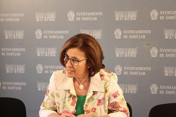 La concejala de Familia, Salud y Servicios Sociales de Andújar, Lola Martín.