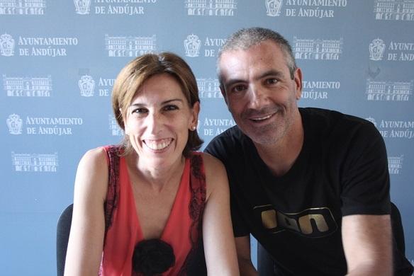 Los concejales de Cultura, Delia Gómez, y Juventud, Pedro Alcántara.