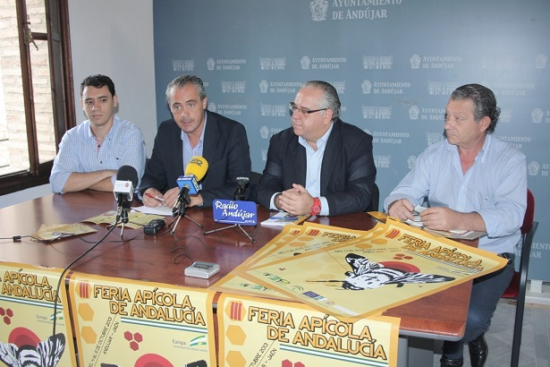 Acto de presentación de la III Feria Apícola de Andalucía.