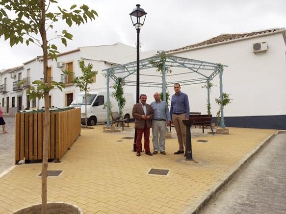El diputado de Infraestructuras Municipales, José Castro, en su visita a Arjona.