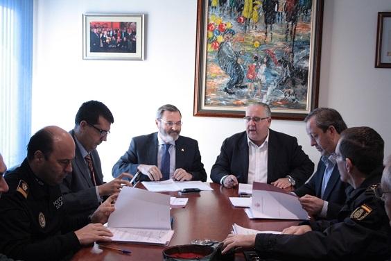Reunión de la Junta Local de Seguridad de Andújar para estas Navidades.