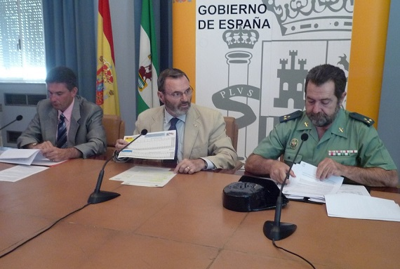 El subdelegado del Gobierno, Juan Lillo, presenta esta campaña de tráfico.