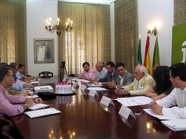 Francisco Reyes preside la comisión técnica.