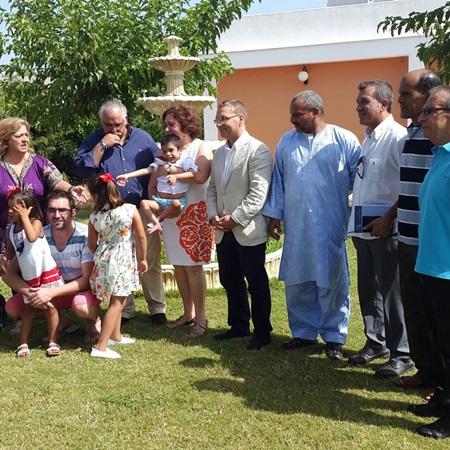 El alcalde de Andújar, Francisco Huertas, recibe a los niños saharauis.