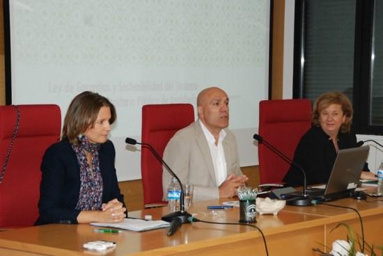 Ana Cobo, Martín Blanco y Teresa Vega, en el encuentro celebrado hoy.