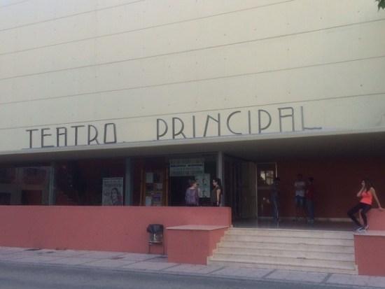 El Teatro Principal de Andújar acogió estos actos culturales.