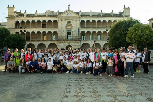 Unas 150 personas participaron en esta caminata por la diabetes en Andújar.