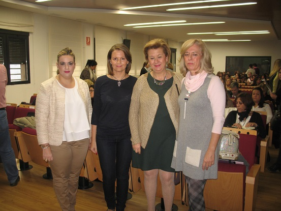 A estas jornadas asistieron Ana Cobo, Teresa Vega y Beatriz Martín, entre otros.