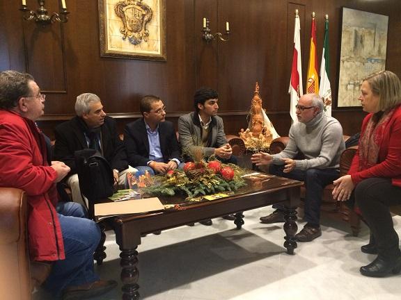 El alcalde de Andújar, Francisco Huertas, presidió la firma de este convenio colaborador.