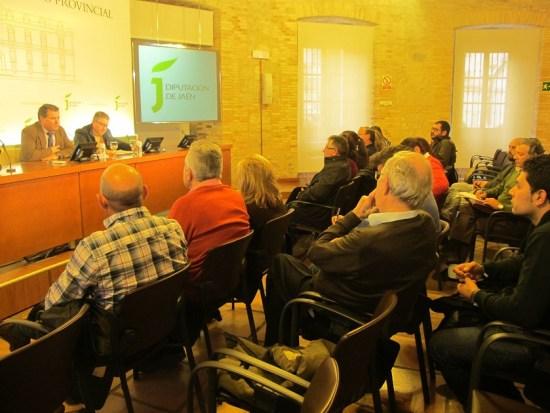 El Aula de Cultura de la Diputación ha acogido este encuentro.