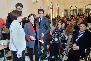 Sánchez Rubio presentó al movimiento asociativo de Granada la nueva Ley de Servicios Sociales. Foto: Junta And.