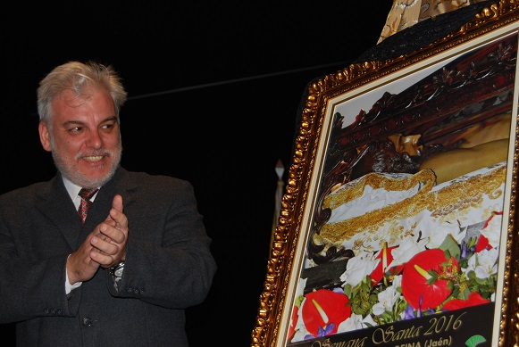 Alberto Jaime Martínez presentó el cartel de Semana Santa 2016.
