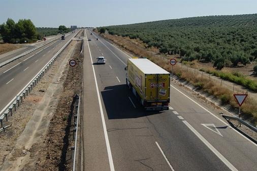 Tráfico prepara un dispositivo especial de vigilancia ante la previsión de casi un millón de desplazamientos en las carreteras andaluzas.