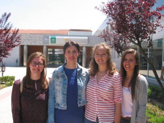 Las cuatro nuevas médicas internas residentes (MIR), en Andújar.