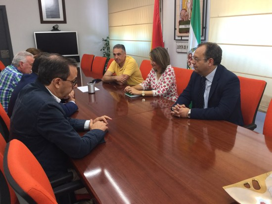 Reunión mantenida entre Ana Cobo y Juan Pedro Rísquez.