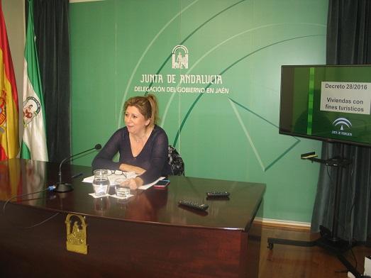 La delegada territorial de Cultura, Turismo y Deporte, Pilar Salazar. Foto: Junta de Andalucía.