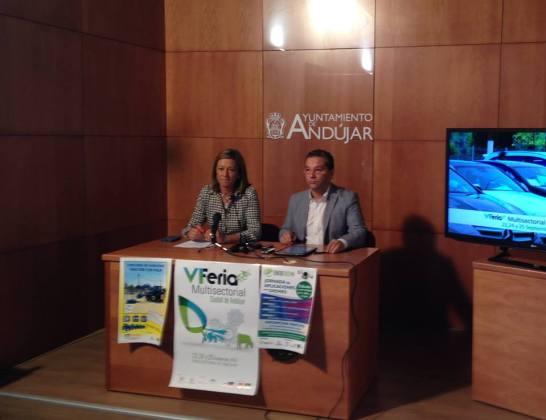 El Alcalde de Andújar, Paco Huertas y la Concejala de Promoción Local, Encarna Camacho, han presentado esta Feria Multisectorial.