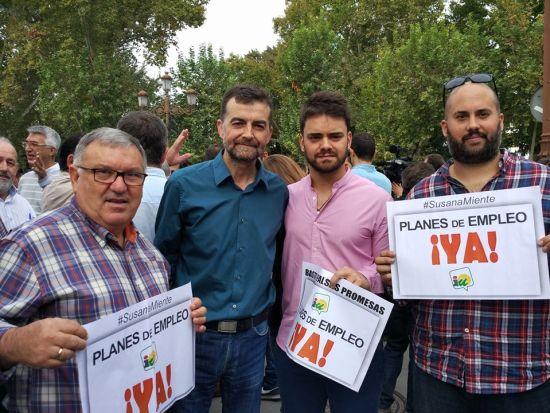 Militantes del PCA de Jaén han participado en esta concentración. Foto: PCA.