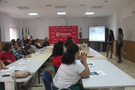 Asistentes a este taller impartido por la Cámara de Comercio de Andújar.