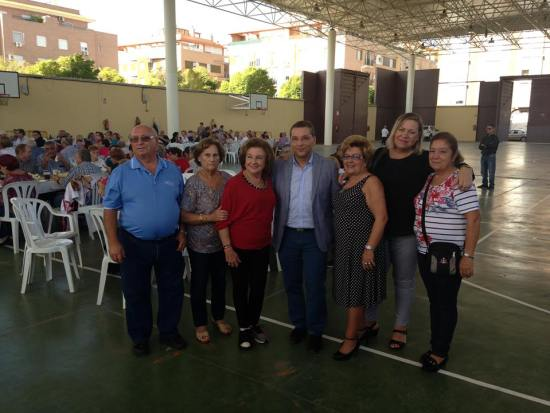 El alcalde de Andújar, Paco Huertas, y la concejala de Bienestar Social, Josefa Jurado. han clausurado esta jornada.