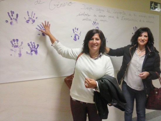 El Hospital de Andújar se unió a los actos celebrados con motivo del 25-N.