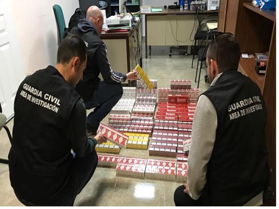 Tabaco incautado al detenido en Marmolejo. Foto: Guardia Civil.