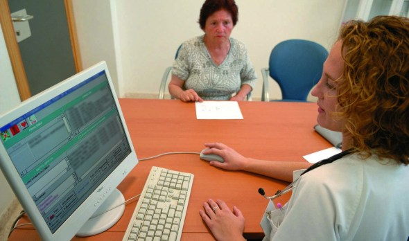 mejorar la asistencia sanitaria a través del uso de las TIC
