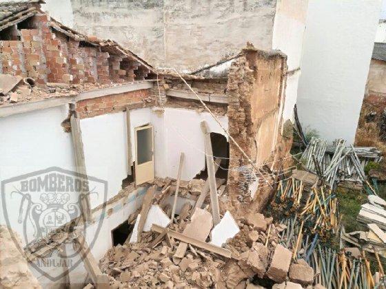 Derrumbe de una vivienda en Andújar