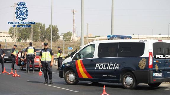 Policía Nacional de Linares