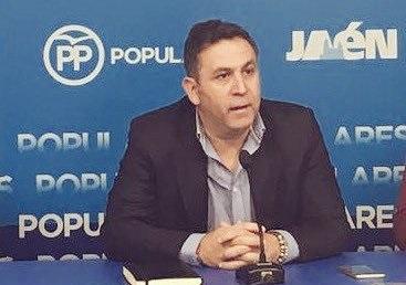 """El PP espera la """"máxima colaboración"""" para el reparto de las tarjetas monedero de la Junta."""