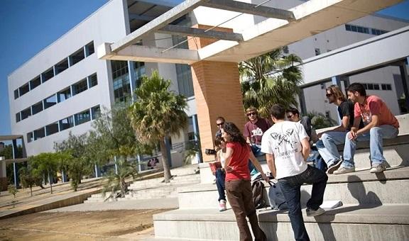 El 92,71% del alumnado andaluz supera la prueba de acceso a la Universidad.