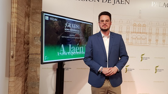 """Jaén, a vivir experiencias"" se completa con 150 actividades de turismo activo en espacios naturales."