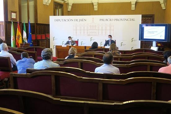 Reyes subraya el carácter pionero de la Diputación en la promoción de la provincia como destino seguro.