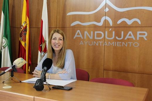 El Área de Promoción y Formación de Andújar elabora una amplia oferta de cursos y talleres en colaboración con Andalucía Compromiso Digital durante la época estival.