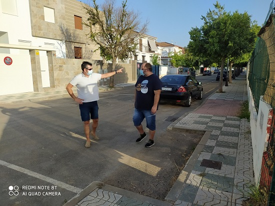 El concejal de Medio Ambiente de Andújar se reúne con la nueva asociación de vecinos Puerta de la Sierra.