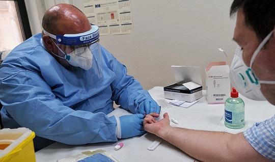 El SAS formará a 1.600 profesionales mediante dos nuevos cursos de seguimiento de casos de Covid-19.