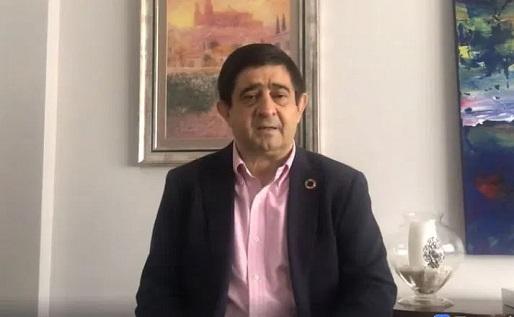 Reyes pide al presidente de la Junta un protocolo específico para garantizar la seguridad sanitaria en la campaña oleícola.