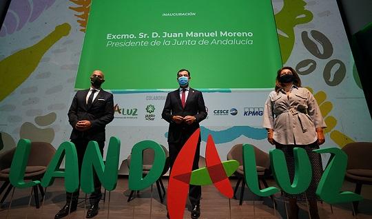 Moreno anuncia nuevas ayudas para modernizar la agroindustria andaluza por valor de 82 millones.