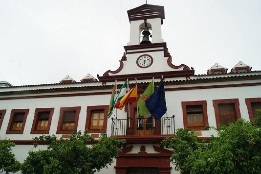 """El Ayuntamiento de Lopera reclama a la Junta que """"asuma su responsabilidad"""" ante el incremento de casos activos en el municipio."""